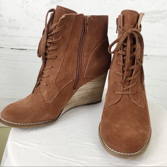 Lucky Brand Shoes   Yelloh Wedge Suede